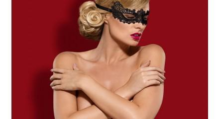 Кружевная маска на глаза: мастерство перевоплощения